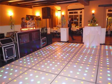 Move-It Productions | Nieuw: Verlichte LED Dansvloer!